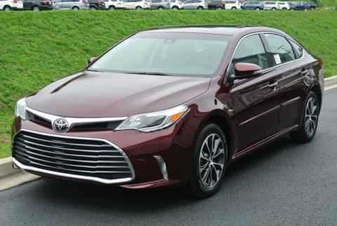New 2018 Toyota Avalon XLE Premium With Navigation